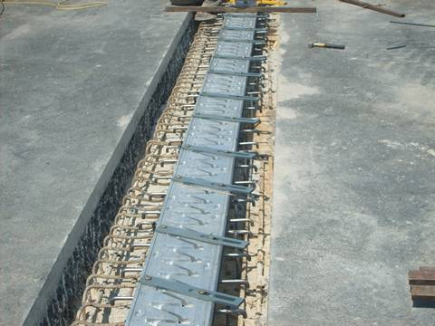 The expressway is being built with finger expansion joints.